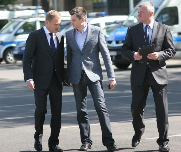 Igor Ostachowicz (w środku) przez wiele lat był PR-owcem Donalda Tuska