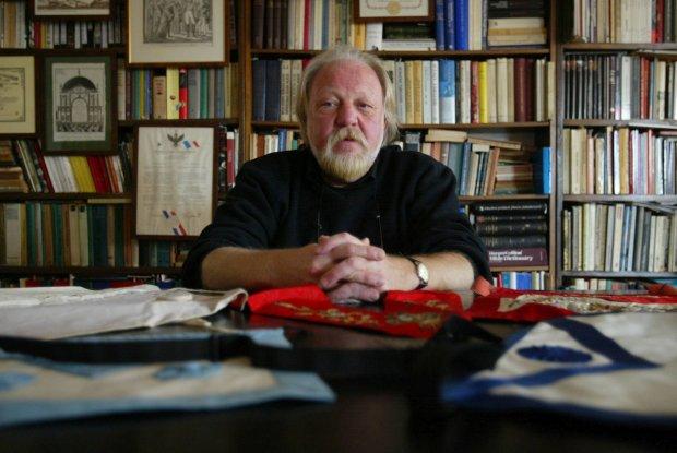 Profesor Tadeusz Cegielski - historyk, wolnomularz, pasjonat popkultury i gatunku kryminalnego / Fot. Sławomir Kamiński
