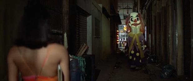"""Scena z filmu """"Moonraker"""", na którą powołuję się w tekście. Czyżby była inspiracją dla Russella? / Fot. materiały prasowe"""